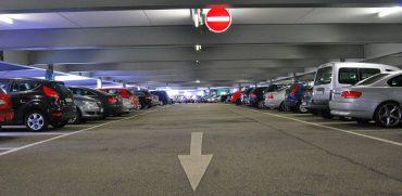 parking-219767_1280