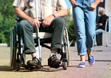wheelchair-1629490_640(3)